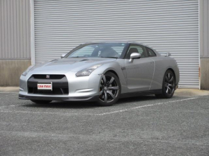 日産 GT-R プレミアムエディション 国内販売1号車 スマートキー HIDライト ナビ