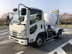 いすゞ フォワード  R3.2 4tコンクリートミキサー車/KYB
