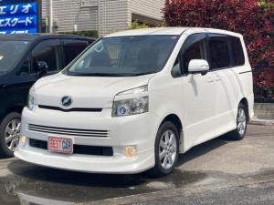 トヨタ ヴォクシー Z ウォークスルー キーレスエントリー ETC 3列シート CD オートエアコン