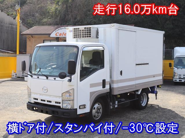 積載量2,000kg 荷台内寸305×165×165 冷凍機・荷箱:東プレ(-30℃設定) タイヤ:4分山 現状渡し