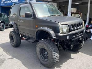 スズキ ジムニーシエラ ワイルドウインド 特別仕様車 保証付 5速MT 4WD リフトアップ オーバーフェンダー DVDプレイヤー CD再生 Bluetooth接続 ETC キーレス 純正アルミホイール 運転席レカロシート ルーフレール
