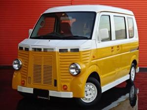 日産 NV100クリッパーバン DX フレンチバス 移動販売 2シンク カウンターテーブル 作業台 パラソル エアロパーツ ホイールペイント 4WD 8ナンバー登録
