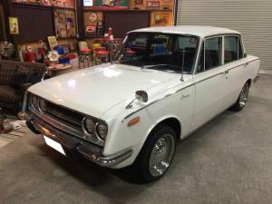 トヨタ コロナ デラックス1500 レストア無しの内装・外装とも当時のまま