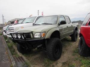米国トヨタ タコマ ダブルキャブ3.4 4WD プレーランナー仕様 4WD