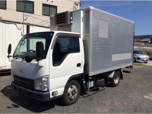 マツダ タイタントラック 冷蔵冷凍車