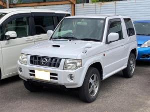 日産 キックス RX 4WD 衝突安全ボディ CDプレーヤー TVナビ DVD 電格ミラー ABS 15インチアルミホイール