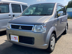 三菱 eKワゴン  ポータブルナビ エアコン 4名乗り CDオーディオ付 パワステ キーレス オートマ車