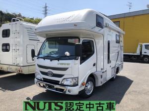 トヨタ カムロード ナッツRV クレソン50W2WDディーゼル エボライト仕様