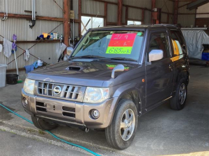日産 キックス RX 4WD車 タ-ボ 衝突安全ボディ メモリーナビ フルセグTV DVD 電格ミラー