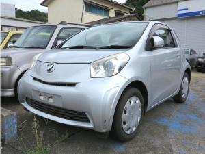 トヨタ iQ 100G フル装備・スマートキー・プッシュスタート・純正CD