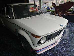 BMW 2002 2002TB レストア済・ビルシュタインショック・ステンレスマフラー・LSD 走行不明