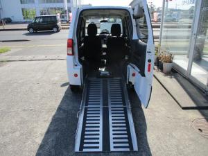 三菱 トッポ スローパー福祉車両