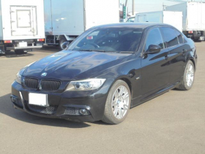 BMW 3シリーズ 320i Mスポーツパッケージ 純正ナビ 純正アルミ HID