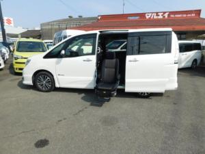 日産 セレナ HS Sハイブリッドセカンドスライドアップシート 福祉車両