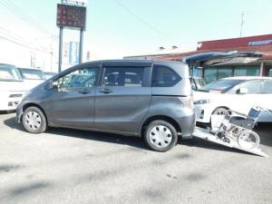 ホンダ フリード  車いす仕様車 スローパー ウインチ 左パワスラ CD キーレス 福祉車輌