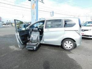 ホンダ フリード G 助手席リフトアップシート 左パワスラ CD キーレス 福祉車輌