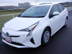 トヨタ プリウス S 純正ナビ/TV/CD/Bluetooth/バックカメラ・ETC・衝突軽減ブレーキ・禁煙・保証書