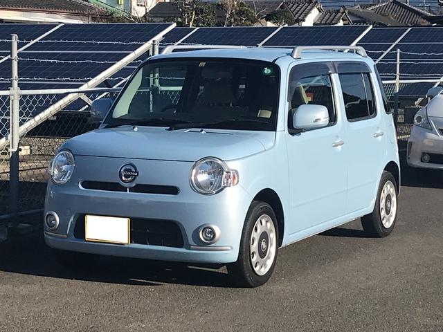 内外装現状販売低価格車両! オートエアコン・スマートキー・ルーフレール・CDオーディオ!