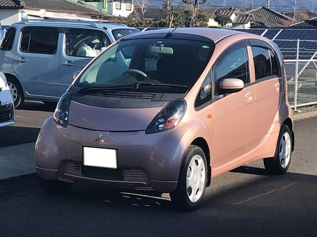 内外装現状販売低価格車両! 走行距離の浅いアイの入荷!スマートキー・CDオーディオ!
