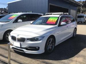 BMW 3シリーズ 320dツーリング ワンオーナー車 記録簿 禁煙車 純正HDDナビ バックカメラ スマートキー ETC パワーバックドア HIDヘッドライト 18インチアルミ Mスポーツリアバンパー