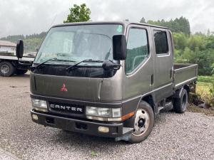三菱ふそう キャンター Wキャブ 1.75t ディーゼル トラック 5速MT オーディオ付 6名乗り