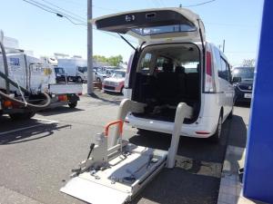 日産 セレナ  福祉車両 チェアキャブ 電動リフト付き 6人乗り キーレス