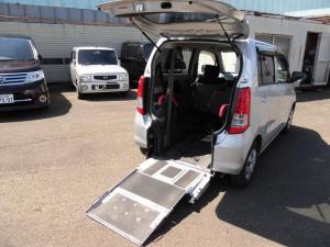 スズキ ワゴンR 660ウィズ車いす移動車 後席付 電動固定式