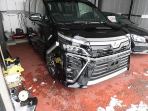 トヨタ ヴォクシー ZS 煌4WD 11インチナビ 12.8インチ後席モニター