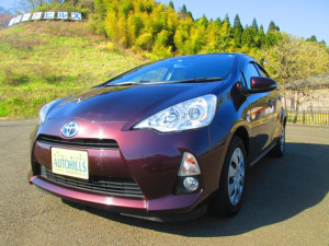 トヨタ アクア G 禁煙車 バックカメラ ETC オートエアコン Bluetooth フルセグ ステアリングスイッチ DVD再生 キーレス 横滑り防止 追突安全ボディ