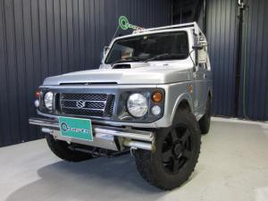 スズキ ジムニー ランドベンチャー 4WD エアコン パワステ 社外フロントバンパー/リアバンパー 16インチAW ルーフキャリア 社外ステアリング 社外CDデッキ