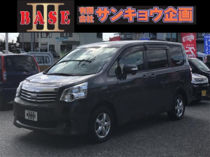トヨタ ノア X 4WD メモリーナビ フルセグTV CD 後席モニター