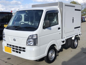 日産 NT100クリッパートラック 低温冷凍冷蔵 オートマ Bカメラ 4WD サーモキング