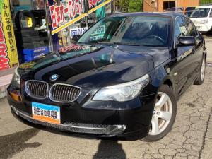 BMW 5シリーズ 525i 左ハンドル ディーラー車 レザーシート ナビ TV Bカメラ HIDヘッドライト キーレスプッシュスタート