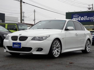 BMW 5シリーズ 525i Mスポーツパッケージ 社外19インチAW キセノンヘッドライト ハーフレザーシート