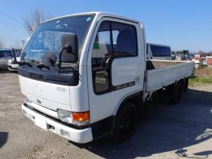 日産 アトラストラック  平ボディ 4WD 最大積載量1500k