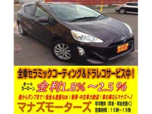 トヨタ アクア S ABS 横滑り防止装置 アイドリングストップ ナビ バックカメラ ETC DVD再生可 15インチAW