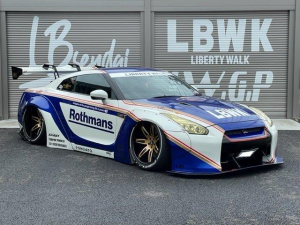 日産 GT-R ベースグレード LB WORKS コンプリートカー AirREX 車幅公認 フォージアート20インチ ホワイトレター ラッピング施工 Fiエキゾースト