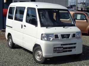日産 NV100クリッパーバン DX ハイルーフ 4WD 5速マニュアル バン