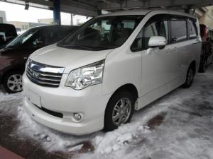 トヨタ ノア X Lセレクション 4WD