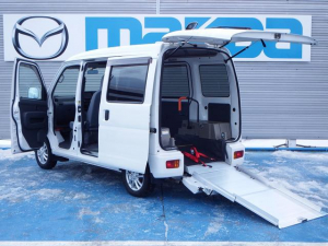 ダイハツ ハイゼットカーゴ フレンドシップ スロープ 補助席付き 4WD