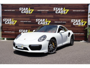 ポルシェ 911 911ターボS 正規D車/左ハンドル/スポーツクロノ/PCCB/フロントリフト/LEDヘッドライトBK/レザー/シートヒーター/ベンチレーション/レーンチェンジアシスト/18WAYパワーシート/カーボンインテリア/