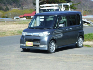ダイハツ タント カスタムRS ターボ 電動スライドドア HID キーフリー ナビTV 4WD-AT