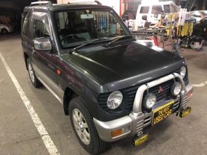 三菱 パジェロミニ XR-II 4WD キーレス オートマ CD フォグランプ