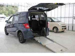 ホンダ フリード  X 車いす仕様車 スローパー 福祉車両 パワースライドドア メモリーナビ リアモニター