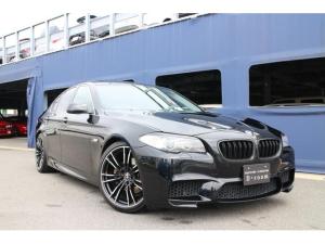 BMW 5シリーズ 528i ハイライン 直6 M5styleエアロ マットブラックグリル サンルーフ 20インチアルミ 左右出しマフラー ブラックレザーシート 純正ナビTV バックカメラ ダウンサス ETC