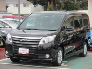 トヨタ ノア G 両側電動スライドドア オートクルーズコントロール バックカメラ フルセグ ナビ