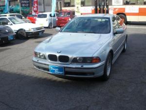 BMW 5シリーズ 528i 燃料ポンプOH済