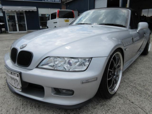 BMW Z3ロードスター 2.0 アドバン18インチアルミ XYZフルタップ車高調