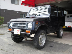 スズキ ジムニー HC 4WD 5MT 2人乗