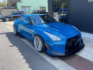 日産 GT-R プレミアムエディション 公認エアサス 公認フェンダー ロケバニ クライスジークマフラー可変バルブ付き イデアルエアサス